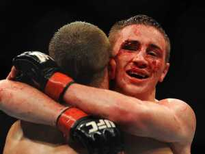 photos-of-ufc-fighters-before-and-after-fights-show-how-gruesome-mma-can-be